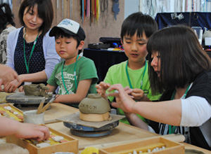 阿南町陶芸体験館 親子レク 企業レク 親睦会 婦人会など 各種イベントに 陶芸体験!